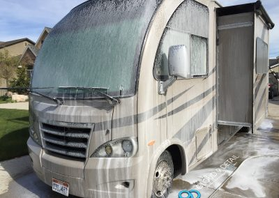 RV Detailing - Wash and Wax 5